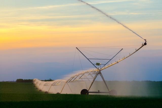 Sistemas de Rega em Campos Agrícolas
